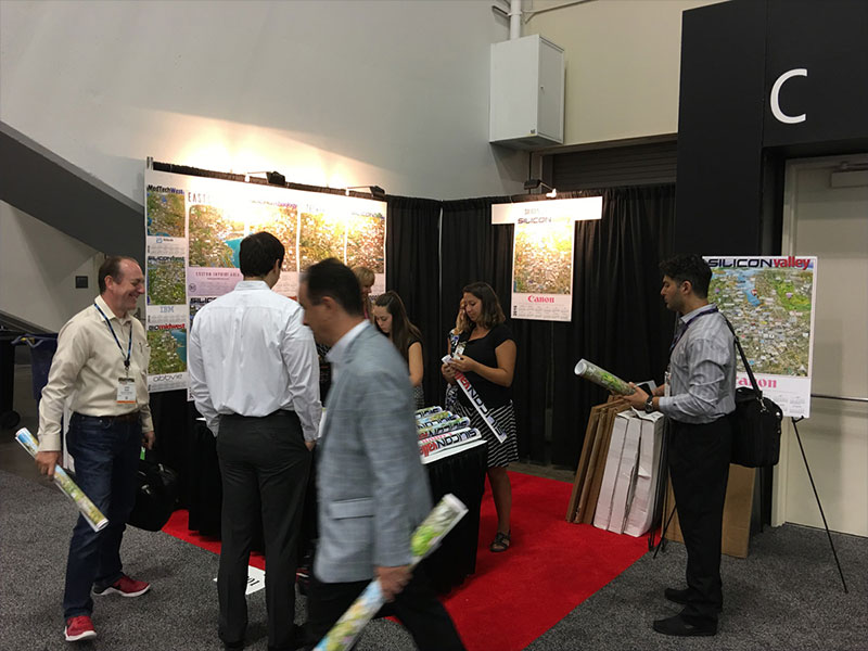 Silicon Maps Booth Tradeshow